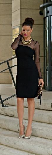 Prenda básica: vestido negro corto